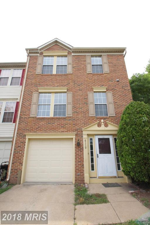 6310 Meadow Glade Lane, Centreville, VA 20121 (#FX10302010) :: Pearson Smith Realty