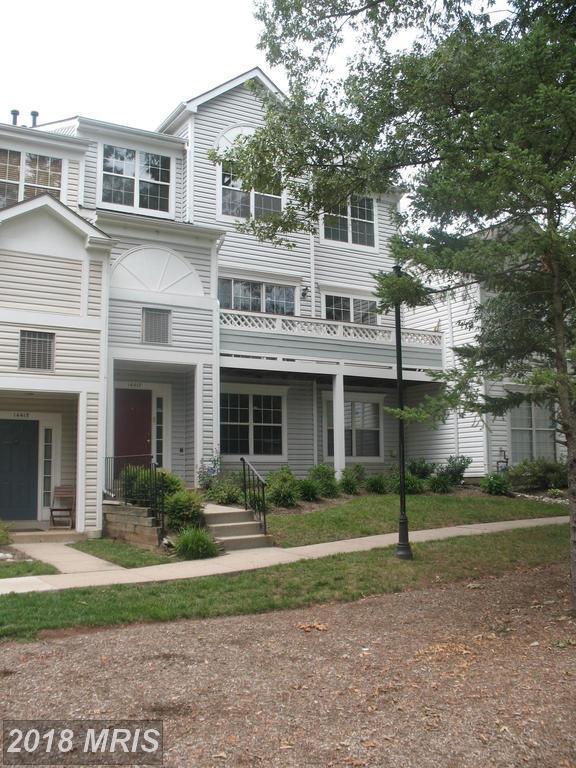14417 Fallscliff Lane, Centreville, VA 20120 (#FX10304330) :: The Putnam Group