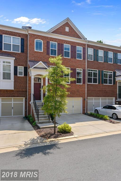 2933 Chesham Street, Fairfax, VA 22031 (#FX10324002) :: The Greg Wells Team
