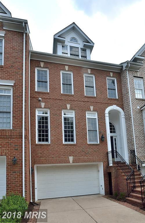 2317 Sawtooth Oak Court, Vienna, VA 22182 (#FX10333153) :: The Belt Team