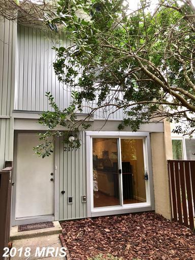 2177 White Cornus Lane, Reston, VA 20191 (#FX10354579) :: The Putnam Group