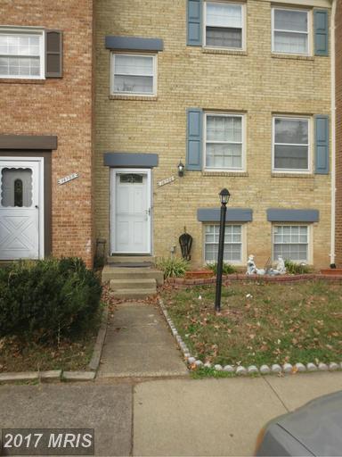 14754 Gatwick Square, Centreville, VA 20120 (#FX9824339) :: LoCoMusings