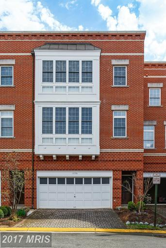 12106 Chancery Station Circle, Reston, VA 20190 (#FX9986723) :: The Vashist Group