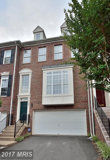 8843 Royal Doulton Lane, Fairfax, VA 22031 (#FX9986862) :: Browning Homes Group