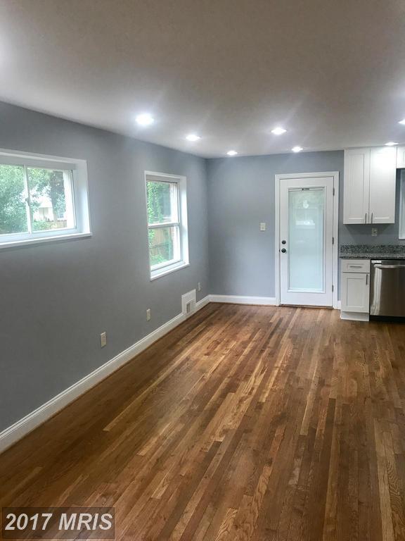 2101 Rollins Drive, Alexandria, VA 22307 (#FX9998732) :: A-K Real Estate