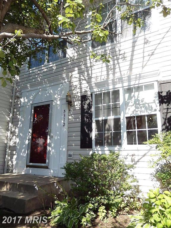 3312 Hollow Court, Ellicott City, MD 21043 (#HW10060197) :: Wes Peters Group