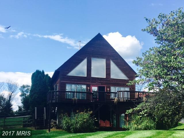 273 Grouse Knoll Road, Summit Point, WV 25446 (#JF10054220) :: LoCoMusings
