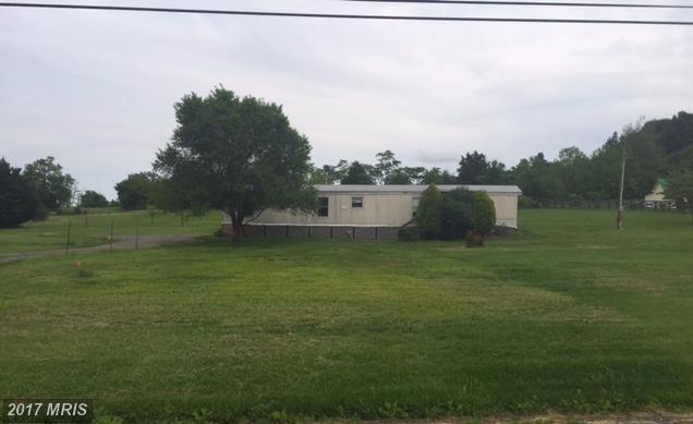 5602 Leetown Road, Kearneysville, WV 25430 (#JF9967907) :: LoCoMusings