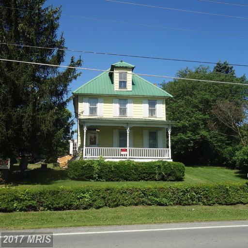 5664 Charles Town Road, Kearneysville, WV 25430 (#JF9971635) :: LoCoMusings