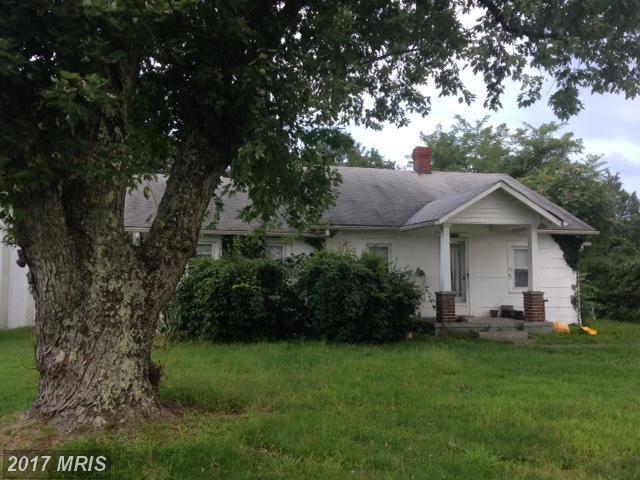 9248 Kings Highway NE, King George, VA 22485 (#KG10036655) :: Pearson Smith Realty