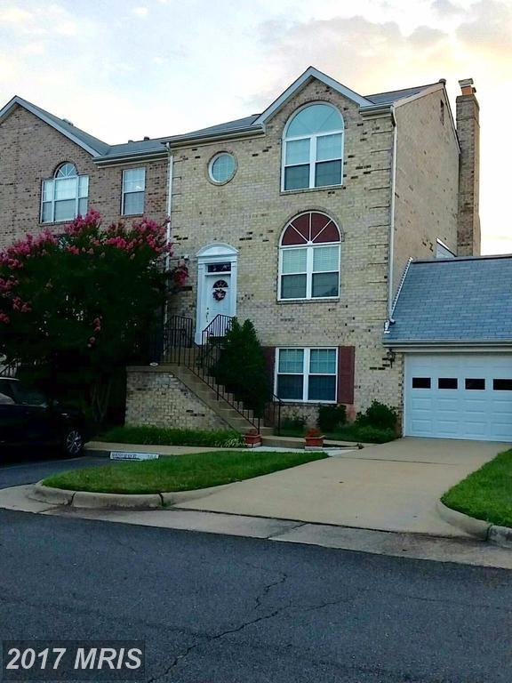 21142 Twinridge Square, Sterling, VA 20164 (#LO10011008) :: LoCoMusings