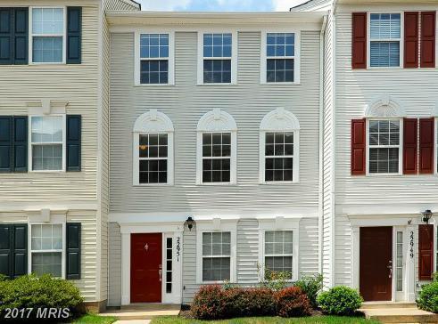 22951 Fleet Terrace, Sterling, VA 20166 (#LO10011735) :: Pearson Smith Realty