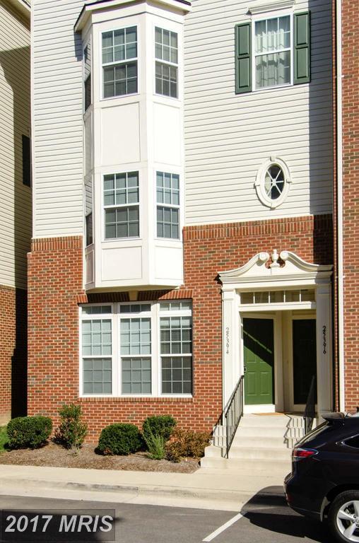 25394 Patriot Terrace, Aldie, VA 20105 (#LO10018127) :: LoCoMusings