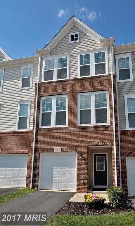 43284 Novi Terrace, Ashburn, VA 20147 (#LO10028639) :: LoCoMusings
