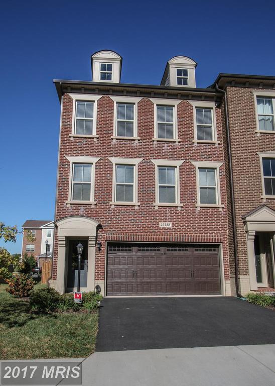 23681 Sailfish Square, Ashburn, VA 20148 (#LO10072464) :: LoCoMusings
