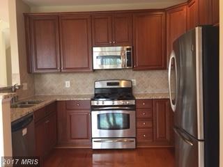 20375 Belmont Park Terrace #101, Ashburn, VA 20147 (#LO10106873) :: LoCoMusings