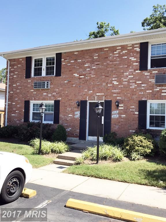 306 Furman Drive #306, Sterling, VA 20164 (#LO10120572) :: Jacobs & Co. Real Estate