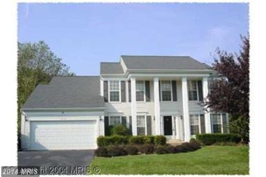 30119 Merchant Court, Great Falls, VA 22066 (#LO10162135) :: The Belt Team