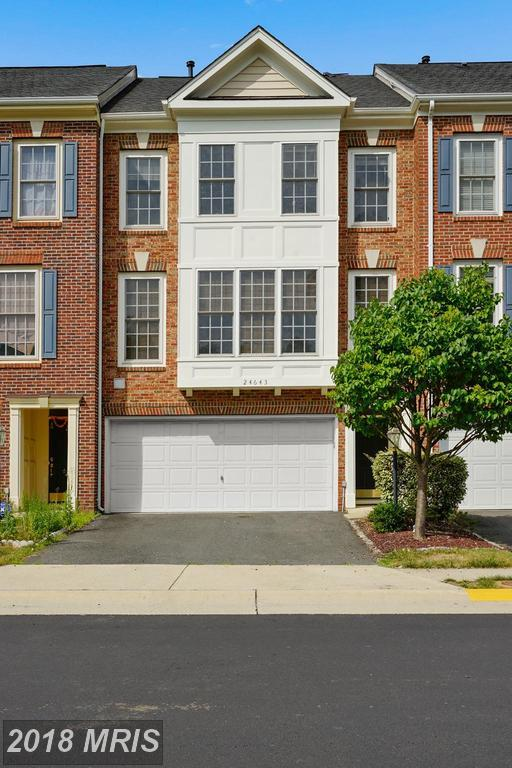 24643 Clock Tower Square, Aldie, VA 20105 (#LO10301462) :: The Vashist Group