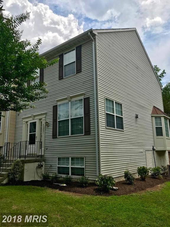 43201 Ribboncrest Terrace, Ashburn, VA 20147 (#LO10303970) :: Pearson Smith Realty