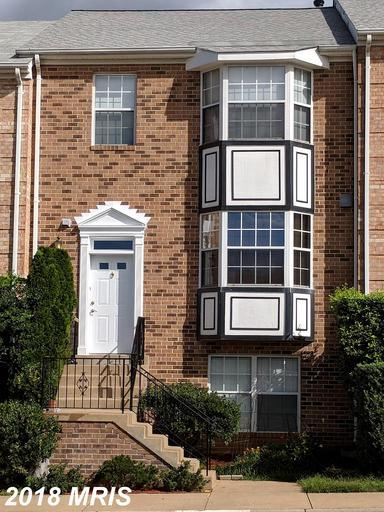 21064 Gladstone Drive, Sterling, VA 20164 (#LO10319410) :: Arlington Realty, Inc.