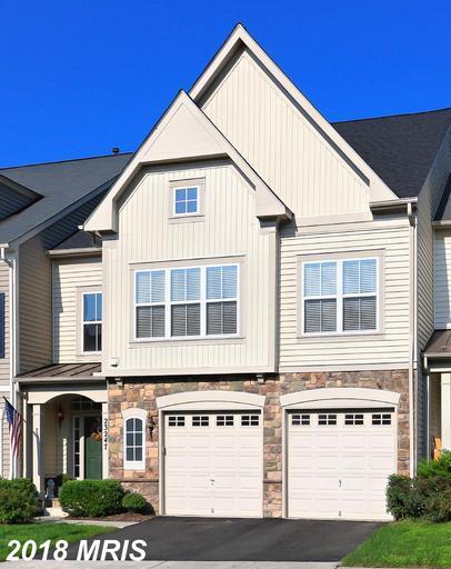 23247 Claxton Terrace, Ashburn, VA 20148 (#LO10352869) :: Labrador Real Estate Team