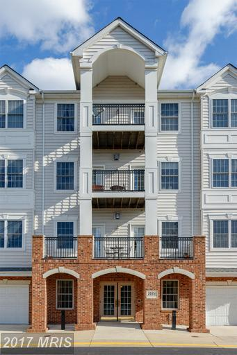 20751 Royal Palace Square #317, Sterling, VA 20165 (#LO9860721) :: The Greg Wells Team