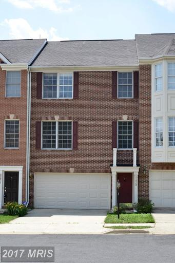 20929 Cherokee Terrace, Sterling, VA 20165 (#LO9977591) :: LoCoMusings