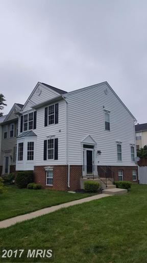 17376 Legacy Terrace, Round Hill, VA 20141 (#LO9980653) :: LoCoMusings