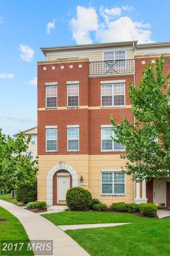 42603 Highgate Terrace, Ashburn, VA 20148 (#LO9985276) :: LoCoMusings