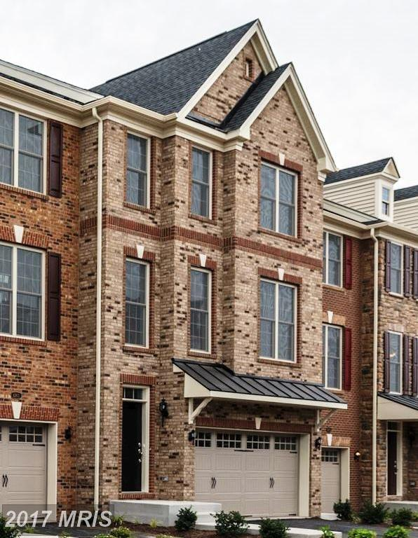 42602 Lisburn Chase Terrace, Chantilly, VA 20152 (#LO9988703) :: Robyn Burdett Real Estate Group