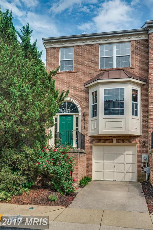 18610 Carriage Walk Circle, Gaithersburg, MD 20879 (#MC10006347) :: LoCoMusings