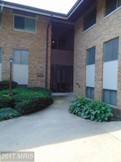 18705 Walkers Choice Road #1, Montgomery Village, MD 20886 (#MC10015217) :: Pearson Smith Realty