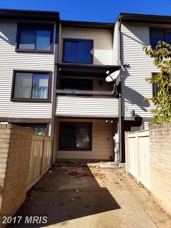 18116 Kilrush Court, Gaithersburg, MD 20886 (#MC10072232) :: Pearson Smith Realty