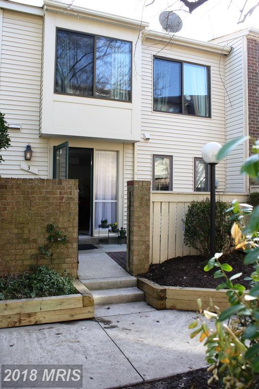 3 Docena Court, Montgomery Village, MD 20886 (#MC10185802) :: Arlington Realty, Inc.