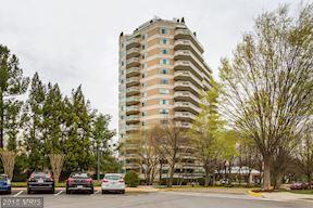 5600 Wisconsin Avenue #1203, Chevy Chase, MD 20815 (#MC10216413) :: The Sky Group