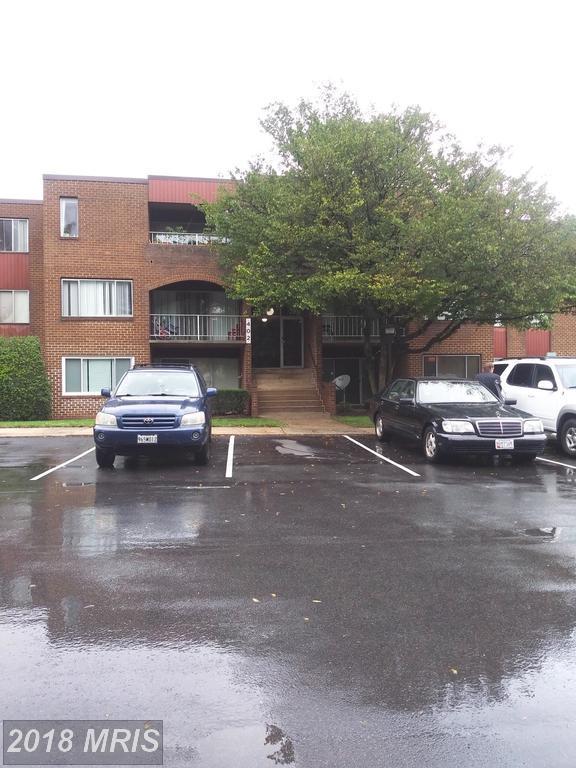 402 Girard Street #9, Gaithersburg, MD 20877 (#MC10348891) :: The Sebeck Team of RE/MAX Preferred