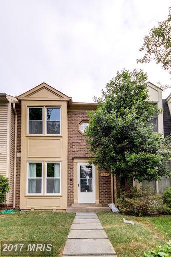 8609 Hawk Run Terrace, Montgomery Village, MD 20886 (#MC9956314) :: LoCoMusings