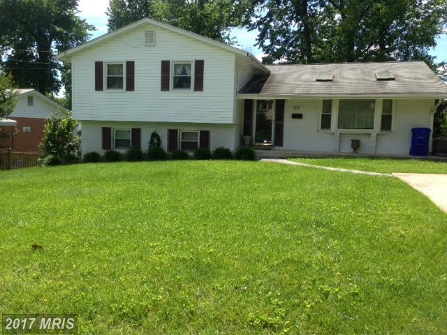 11714 Tifton Drive, Potomac, MD 20854 (#MC9972146) :: LoCoMusings