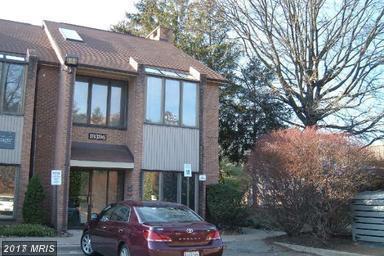 19394 Montgomery Village Avenue, Gaithersburg, MD 20886 (#MC9980598) :: Pearson Smith Realty
