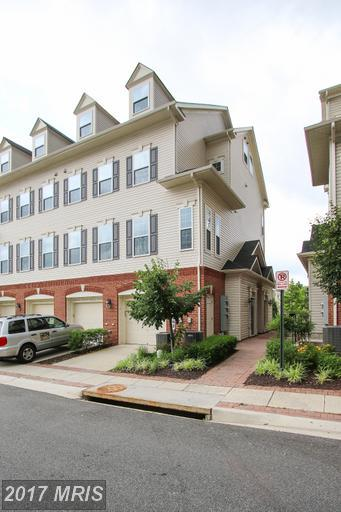 23202 Shaws Tavern Court #2234, Clarksburg, MD 20871 (#MC9984479) :: Dart Homes