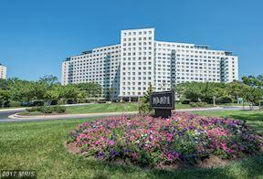 10401 Grosvenor Place #1515, Rockville, MD 20852 (#MC9984598) :: The Katie Nicholson Team