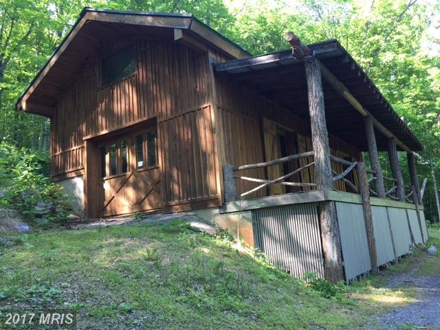 1840 Rock Ford Road, Berkeley Springs, WV 25411 (#MO10082364) :: Pearson Smith Realty