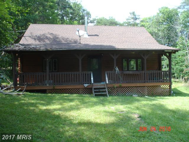 771 Iroquois Trail, Berkeley Springs, WV 25411 (#MO10090000) :: Pearson Smith Realty