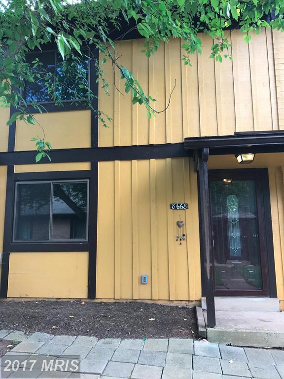 8668 Inyo Place, Manassas Park, VA 20111 (#MP10016389) :: Pearson Smith Realty