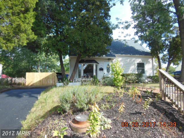 114 Colfax Drive, Manassas Park, VA 20111 (#MP10057998) :: LoCoMusings