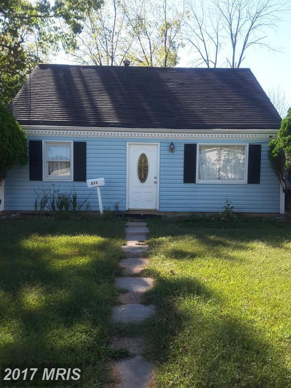 235 Kent Drive, Manassas Park, VA 20111 (#MP10069869) :: Pearson Smith Realty
