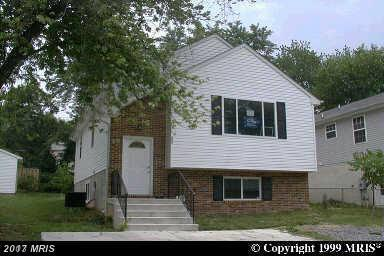 718 Opus Avenue, Capitol Heights, MD 20743 (#PG10035959) :: Pearson Smith Realty