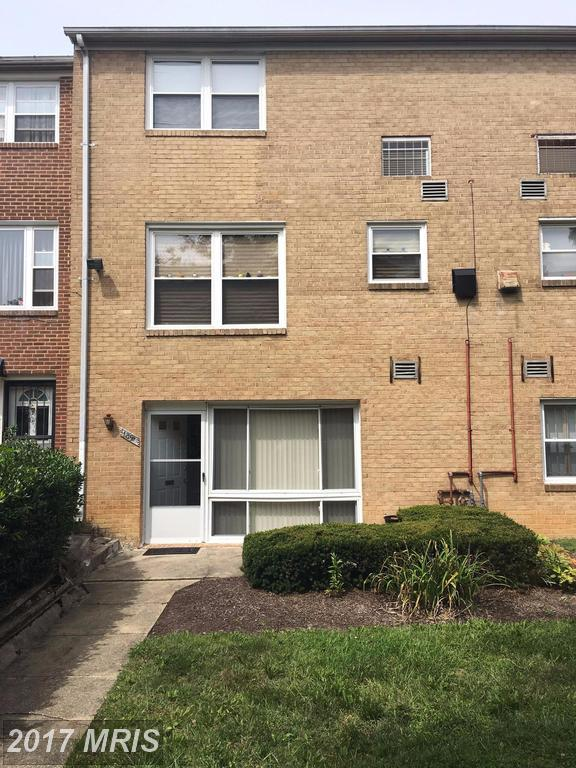 1891 Addison Road S #1891, District Heights, MD 20747 (#PG10054337) :: LoCoMusings