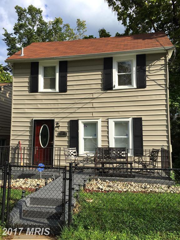 5909 Burgundy Street, Capitol Heights, MD 20743 (#PG10058010) :: Pearson Smith Realty